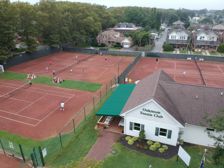 Oakmont Tennis Club